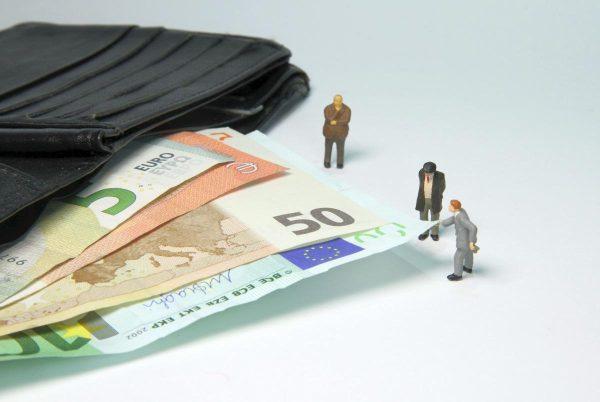 tax office, fine, miniature figures