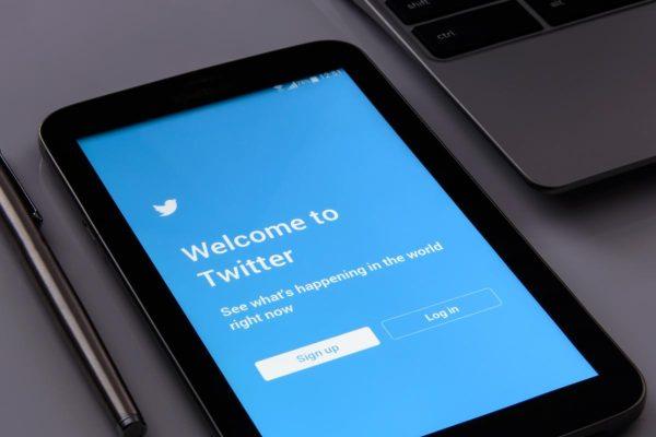twitter, screen, social media