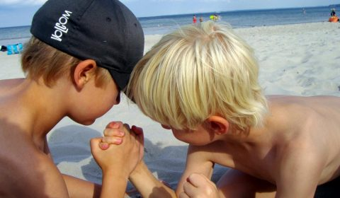 arm wrestling, beach, strong