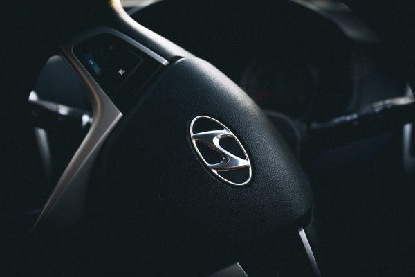 car, hyundai, steering wheel