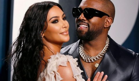 Kanye Kim Mo Hpembed 20200704 220856 19x14 992
