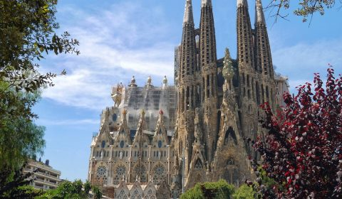 sagrada familia, cathedral, architecture
