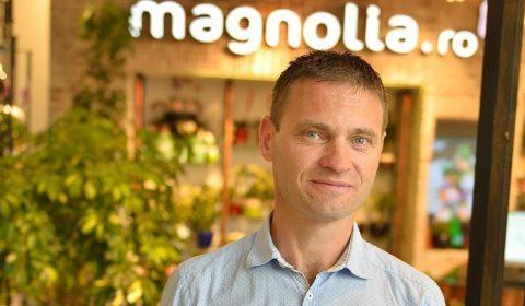 Gabriel Molnar Magnolia