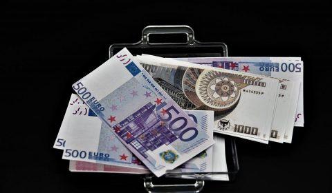 money suitcase, paper money, play money