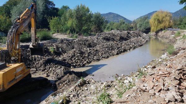 Oituz Inundatii Lucrari Apa