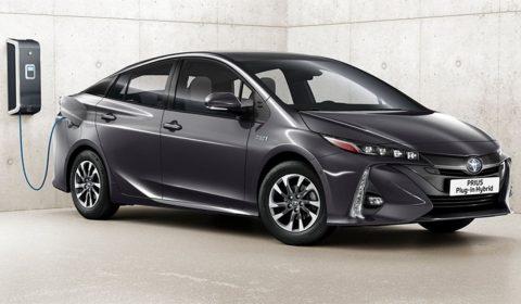 2019 Toyota Prius 1001x565p