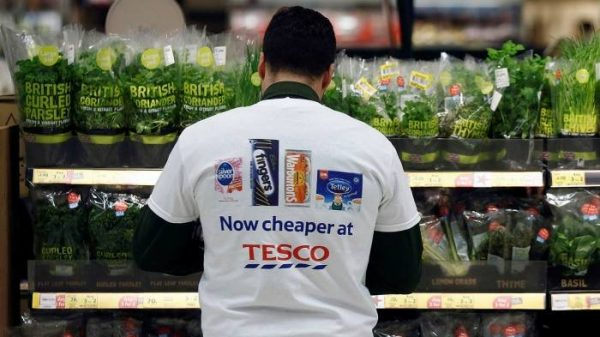 Tesco Failed To Pay About £5m To 78,199 Workers © Simon Dawson Bloomberg