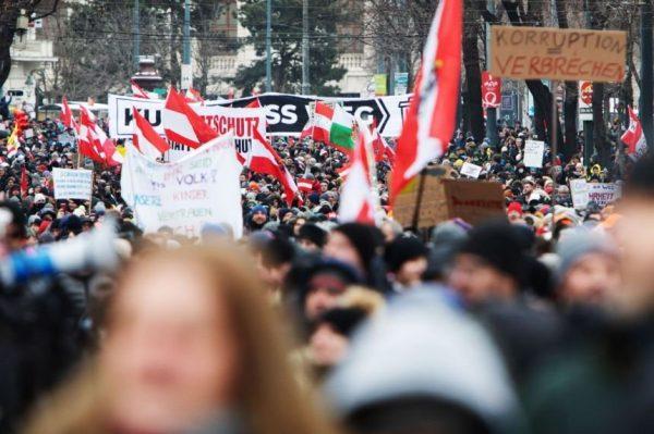 Protest Antimasca