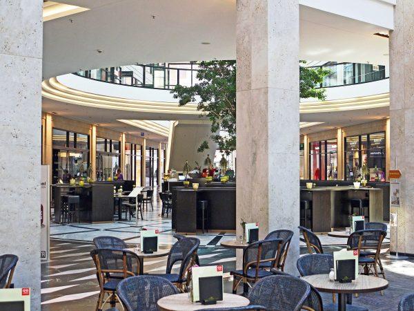 mall, shopping centre, center