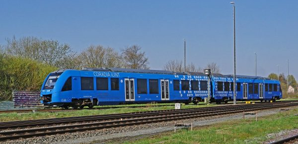 hydrogen trainset, fuel cell, electric drive